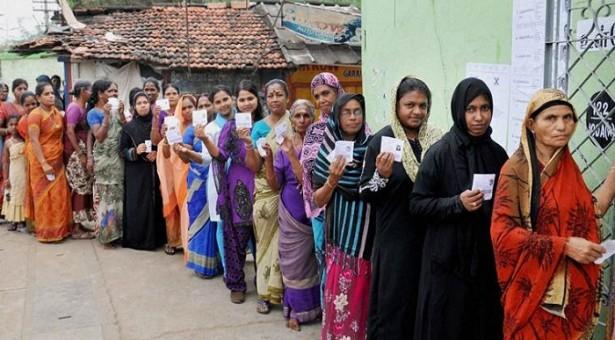 یو پی؛اسمبلی انتخابات ٢٠١٧ کے پانچویں مرحلہ میں ١١ اضلاع کی ٥١ سیٹوں کے لئے ووٹنگ جاری