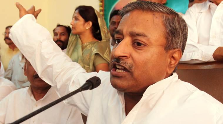 विनय कटियार ने दिया विवादित बयान,  मुसलमानों को चुनाव में टिकट नहीं देना चाहिये