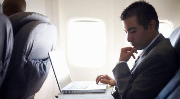 امریکہ جانے والی پروازوں میں لپ ٹاپ پر پابندی