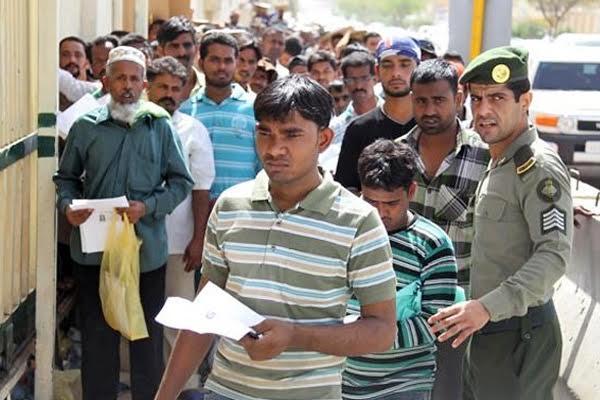 سعودی عرب کی 'عام معافی ' کے بعد بیس ہزار کارکن لوٹیں گے ملک، جی رہے تھے بدتر زندگی