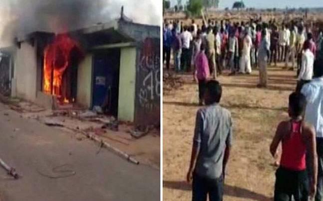 گھر کے باہر مردہ گائے ملنے پر مشتعل بھیڑ نے مسلم نوجوان کی کر دی جم کر پٹائی