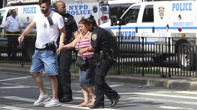 نیویارک میں بندوق بردار نے ڈاکٹر کو قتل اور چھ کو زخمی کردیا