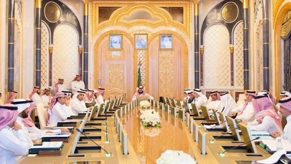 سعودی عرب : گرفتار شخصیات کی کمپنیوں کی سرگرمیاں جاری رکھنے پر زور