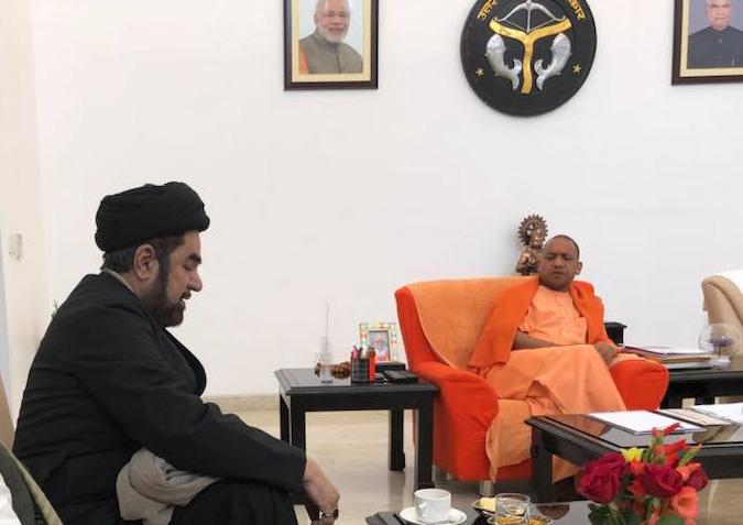 مولانا کلب جواد نقوی نے اہم مسائل کو لیکر وزیراعلیٰ یوگی آدتیہ ناتھ سے ملاقات کی