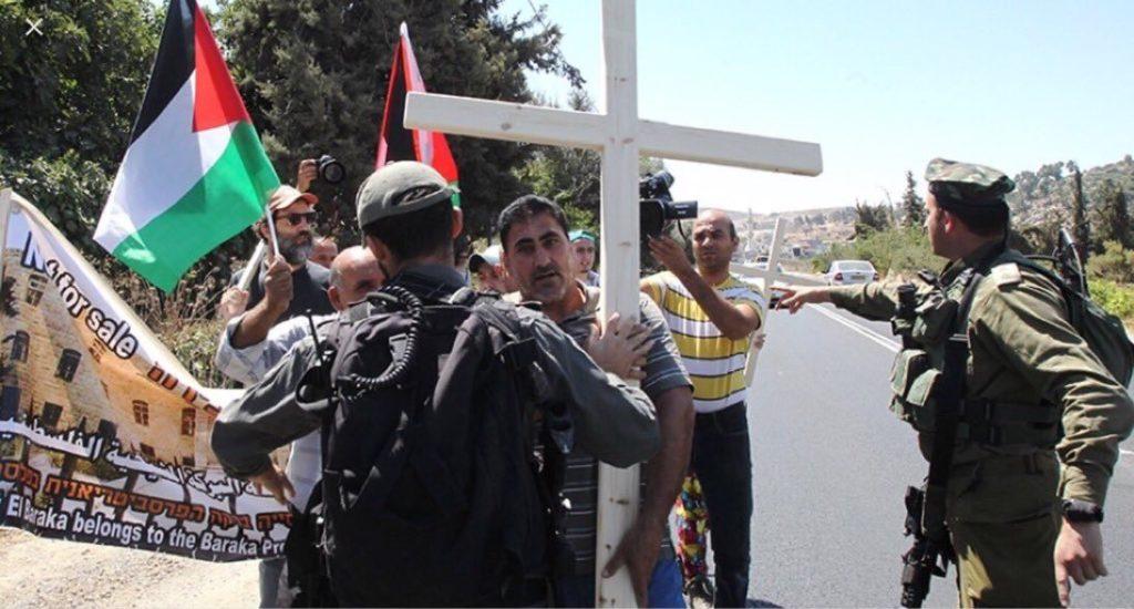 فلسطینیوں نے بحرین کے وفد کو مسجد الاقصی میں داخل ہونے سے روک دیا