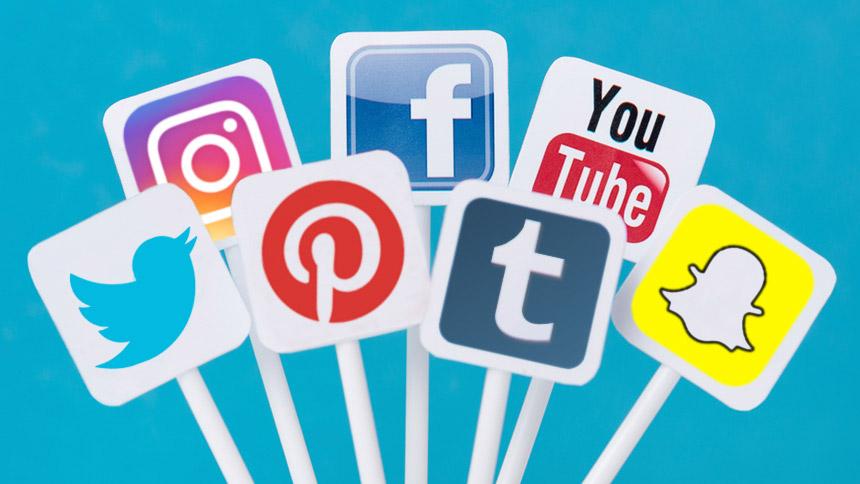 لیجئے اب سوشل میڈیا کا زیادہ استعمال خطرناک ہوسکتا ہے، فیس بک کا اعتراف