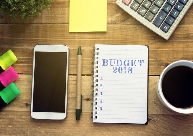 موبائل فون ، ٹی وی اور میک اپ کا سامان مہنگا ، پٹرول ، ڈیزل اور کاجو سستا
