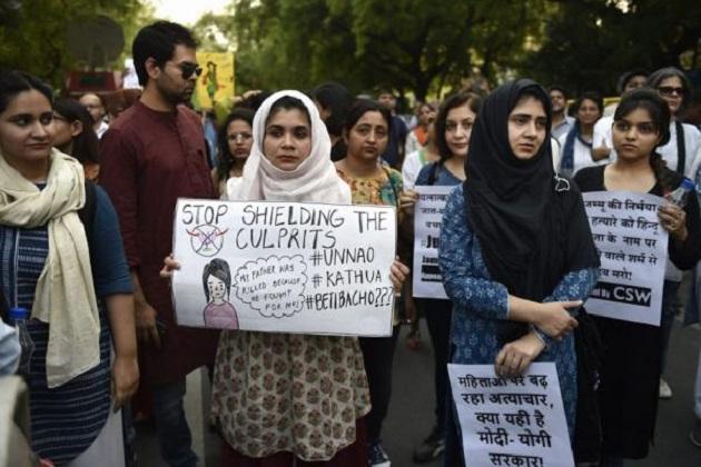 کٹھوعہ۔ اناؤ ریپ معاملہ: خواتین پر تشدد کے خلاف اٹھ کھڑی ہوئی سول سوسائٹی