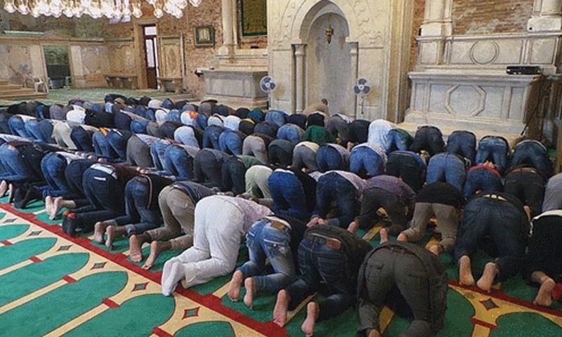 آسٹرین مسلمانوں نے مساجد کے خلاف حکومتی کریک ڈاؤن کی مخالفت کردی