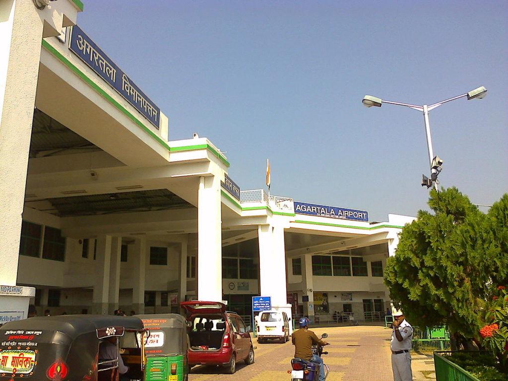 اگرتلا ہوائی اڈے کا نام تبدیل
