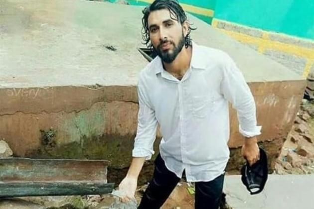 جموں و کشمیر : اورنگ زیب کی شہادت کا بدلہ لینے کی خاطر سعودی عرب سے نوکری چھوڑ کر فوج میں بھرتی کیلئے پہنچے 50 سے زیادہ دوست