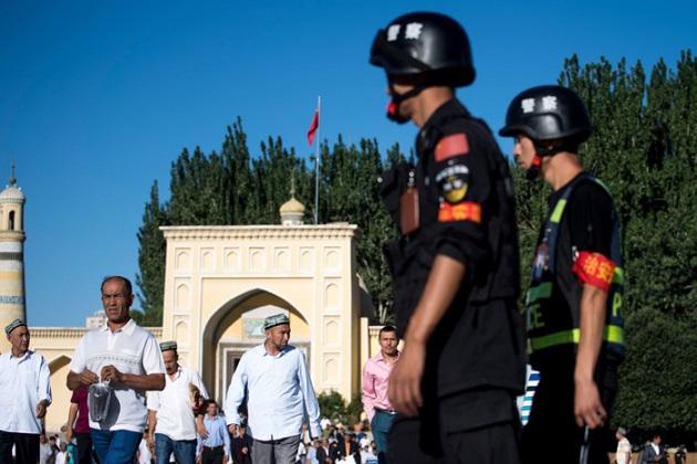 چین میں مسلمانوں کے انسانی حقوق کی ہو رہی پامالی، پھر بھی کیوں خاموش ہیں مسلم ممالک؟