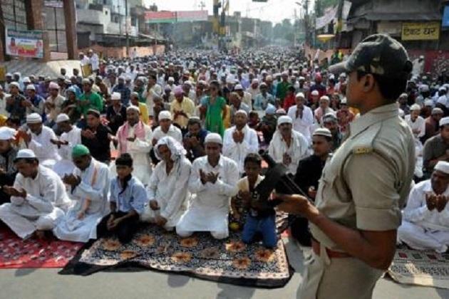 گڑگاوں میں عوامی مقامات پر نماز پر اعتراض، ہندو سوابھیمان تنظیم نے دی بھوک ہڑتال کی دھمکی