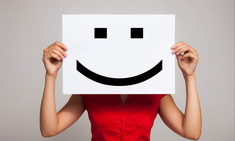 دس وجوہات جو مسکراہٹ کو بناتی ہیں اہم