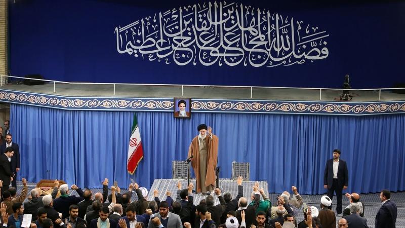 جو قوم شہادت کا جذبہ رکھتی ہے وہ کبھی اسیر نہیں ہو سکتی : رہبر انقلاب اسلامی