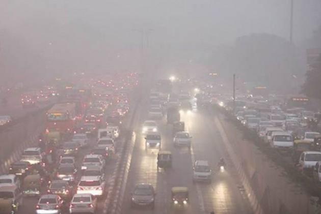 قومی راجدھانی خطے میں فضائی آلودگی کم کرنے کے لئے حکام کو ہدایات