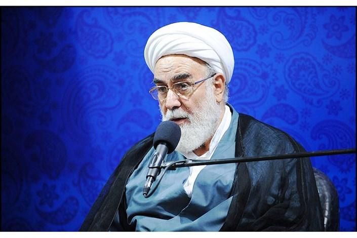 رہبرانقلاب اسلامی کے دفتر کےانچارج : حوزہ علمیہ قم اور حضرت معصومہ (س) کے جوار میں زندگی بہت بڑی نعمت ہے