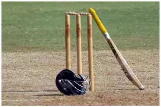کرکٹ کے میدان پر ایک اور موت ، نان اسٹرائیکر اینڈ پر غش کھا کر گرا یہ کھلاڑی ، چلی گئی جان