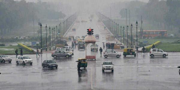 دہلی میں شدید بارش،موسم سرد