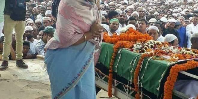 ملک کے لیے شھید ہوے جاں باز سپاھی مجاھد خان کی نماز جنازہ ہزاروں سوگواروں نے نم انکھوں سے ادا کی
