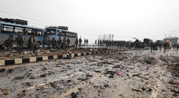 پلوامہ دہشت گردحملہ : شہیدوں کے تصاویر سوشل میڈیا پرشیئر نہ کریں : سی آر پی ایف کی اپیل