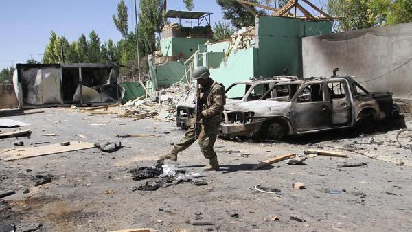افغانستان کے مشرقی شہر جلال آباد میں خود کش حملہ،16 ہلاک اور 9 زخمی