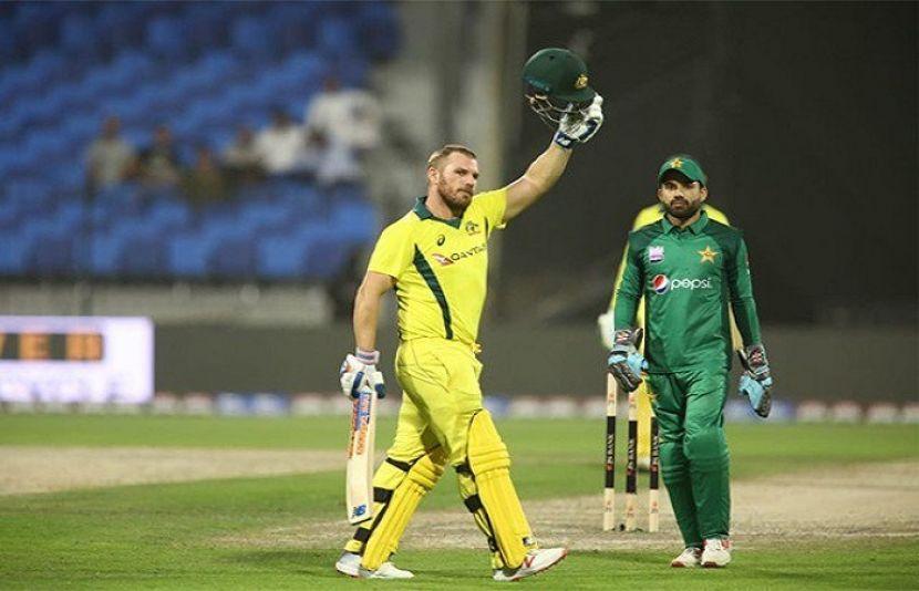 آسٹریلیا نے دوسرے ایک روزہ میچ میں بھی پاکستان کو 8 وکٹوں سے شکست دیدی