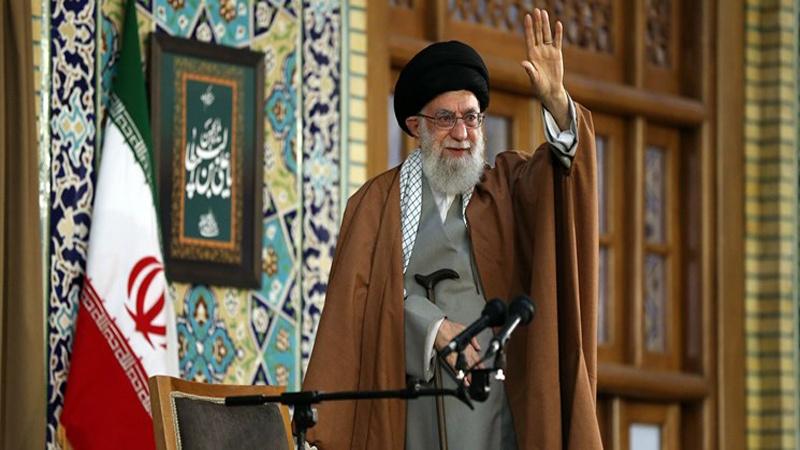 آیت اللہ العظمی سید علی خامنہ ای نے عظیم اجتماع میں کہا، مغربی اور امریکی سیاستدان حقیقت میں وحشی ہے