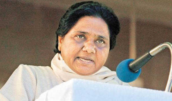 कोलकाता हिंसा: TMC का आरोप बंगाल के बाहर से लाए गए गुंडे