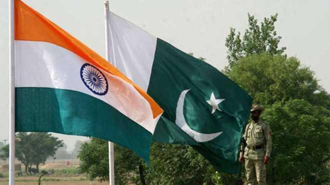 کیپٹن امریندر نے سدھو پر پھوڑا ہار کا ٹھیکرا ، کہا : پاکستانی فوجی سربراہ قمر باجوہ کو لگے لگانے سے ہوا نقصان