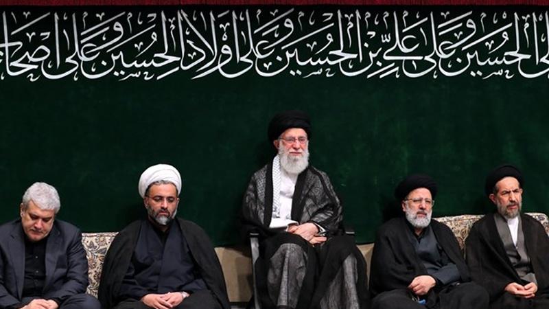 حق کی راہ میں ثبات قدم سے ملک اور پوری دنیا کی اصلاح ہوتی ہے : رہبرانقلاب اسلامی