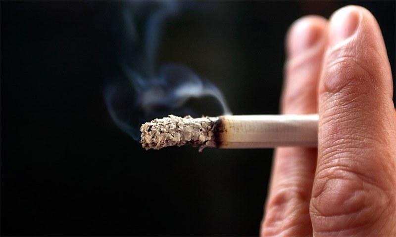 سیگریٹ پینے سے جلد پر مرتب ہونے والے اثرات جن سے بیشتر افراد واقف نہیں
