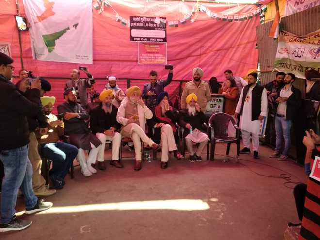 شاہین باغ خاتون مظاہرہ: ہندوستان ہی نہیں دنیا بھر کی سکھ برادری مسلمانوں کے ساتھ :سکھ لیڈران