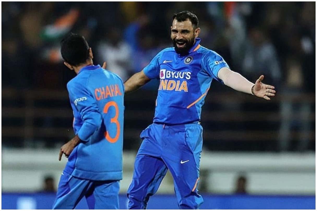سپر اوور کی آخری دو گیندوں پر چھکا لگا کر جیت دلانے والے روہت شرما نے نہیں لیا کریڈٹ ، کہا : سمیع کی وجہ سے جیتا ہندوستان